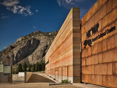 Sirewall structural insulated rammed earth the art and for Sip houses usa